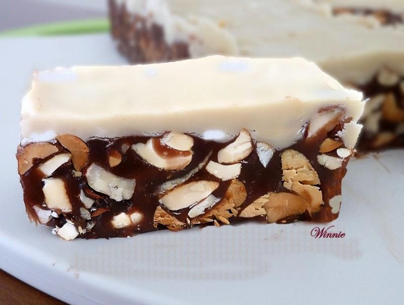 No-bake Halva-Caramel Nut Bars