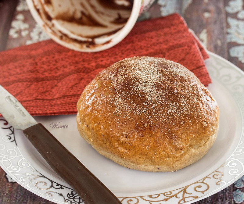 Rolls, sweetened with Date Spread