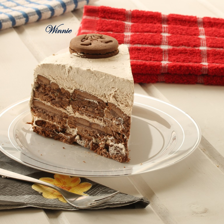 No-bake Oreo Cream Cake