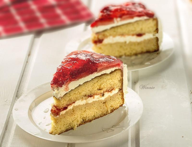 Strawberry Torte Cake