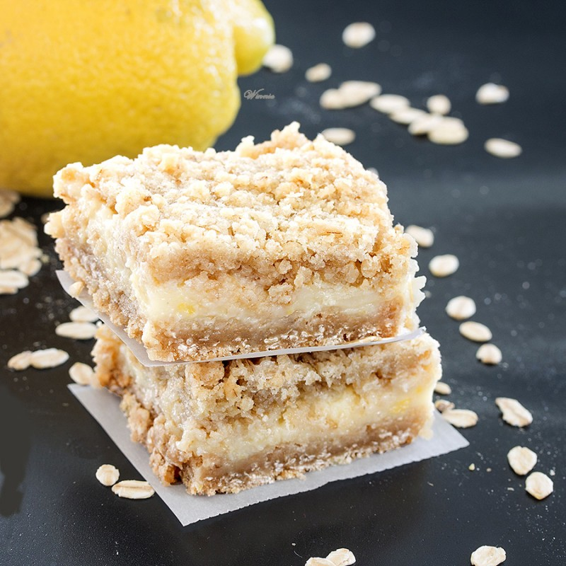 Oatmeal Lemon Crumble Bars