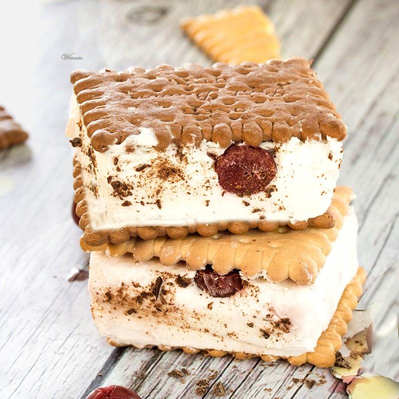 Black-Forrest Ice-Cream Sandwiches