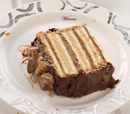 Snickers Cake - Something Sweet - Winnie's blog