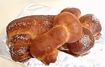 Key-shaped Sweet Challah, with Tehini and Date-syrup