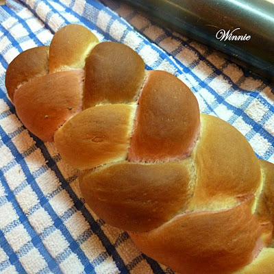 Three-Color Challah